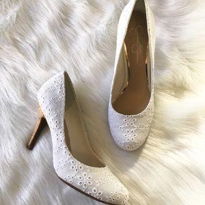 NWOT Jessica Simpson Eyelet White Rounded Toe Heel
